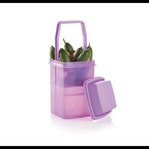 New Tupperware Pickle Pick-A-Deli Container